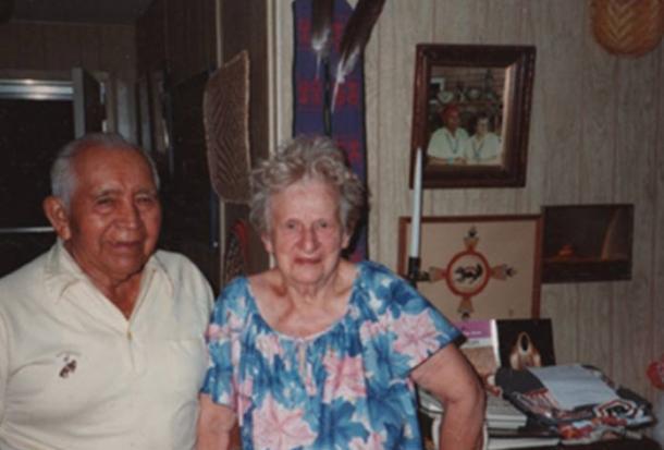 Освальд «Белый медведь» Фредерикс и его жена Наоми сфотографированы в 1985 году