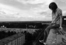 Что стоит за резким ростом самоубийств среди подростков